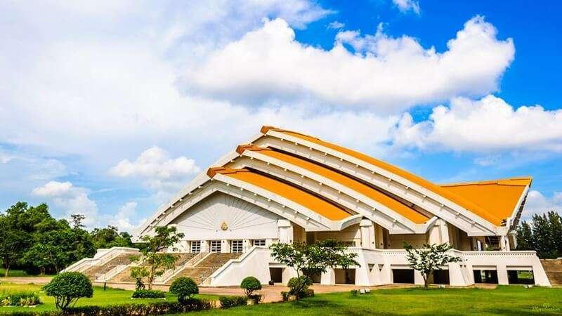 มหาวิทยาลัยชั้นนำของไทย