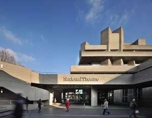 โรงละครแห่งชาติลอนดอน (National Theatre of London)