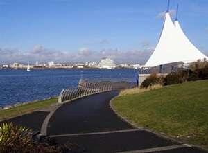 อ่าวคาร์ดิฟฟ์ (Cardiff Bay)