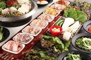 ทานหมูย่างที่ Palsaek Samgyeopsal