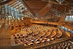 The Scottish Parliament (รัฐสภาสกอตแลนด์)