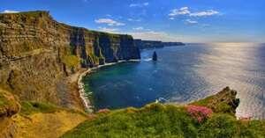 หน้าผาโมเฮอร์ (Cliffs of Moher )