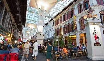 ตลาดและถนนคนเดินย่าน Chinatown