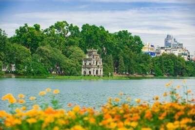 ทะเลสาบฮว่านเกี๋ยม (Ho Hoan Kiem)