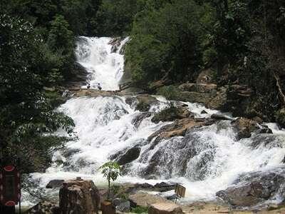 น้ำตกดาตันลา (Datanla Waterfalls)