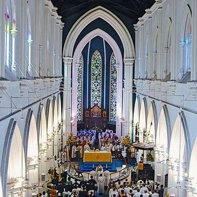มหาวิหารเซนต์แอนดรูว์ (St Andrew's Cathedral)