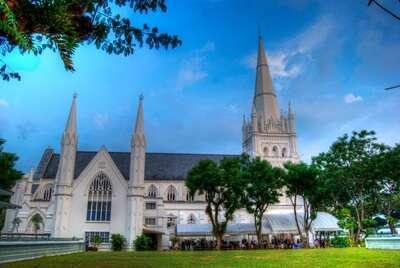 มหาวิหาร เซนต์แอนด์ดรูว ( St. Andrew's Cathedral)