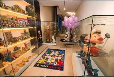 มินท์ มิวเซียม ออฟ ทอยส์ (Mint Museum of Toys)