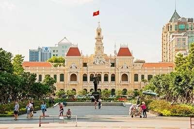ศาลากลางโฮจิมินห์ (Ho Ci Minh City Hall)