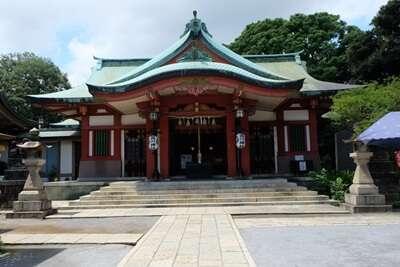 ศาลเจ้าโอคุนิตามะ(Okunitama Shrine)