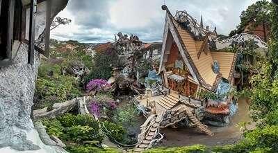 เครซี่เฮาส์ (Crazy House) (Hang Nga Guest House and Art Gallery)