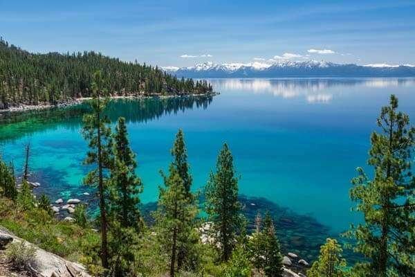 ทะเลสาบทาโฮ (Lake Tahoe)