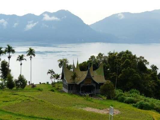ทะเลสาบ Maninjau, สุมาตรา