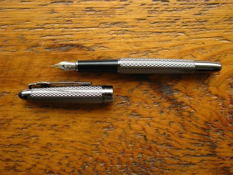 ปากกาหมึกซึมมีอายุการใช้งานนานเท่าไร