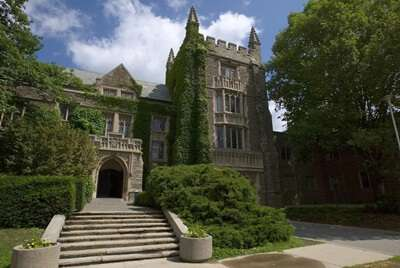 มหาวิทยาลัยแม็คมาสเตอร์ ประเทศแคนาดา
