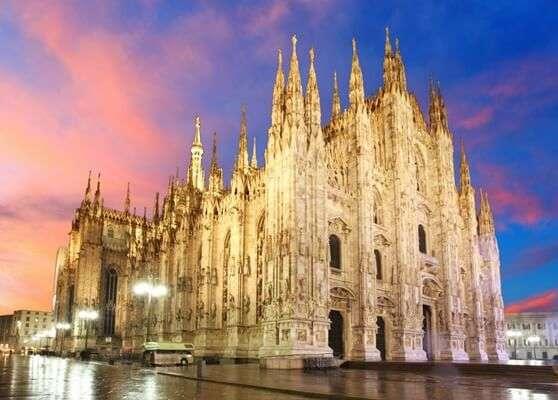 มหาวิหารมิลาน (Milan Cathedral)