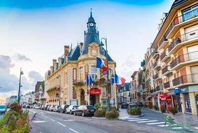 เมืองตากอากาศโดวิลส์-เมืองฝรั่งเศส