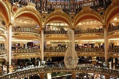 ห้างสรรพสินค้าลาฟาแยต (Galeries Lafayette)