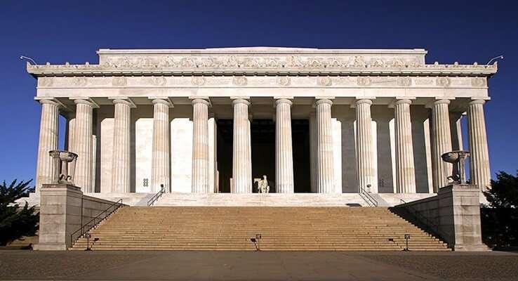 อนุสรณ์สถานลินคอล์น (Lincoln Memorial)