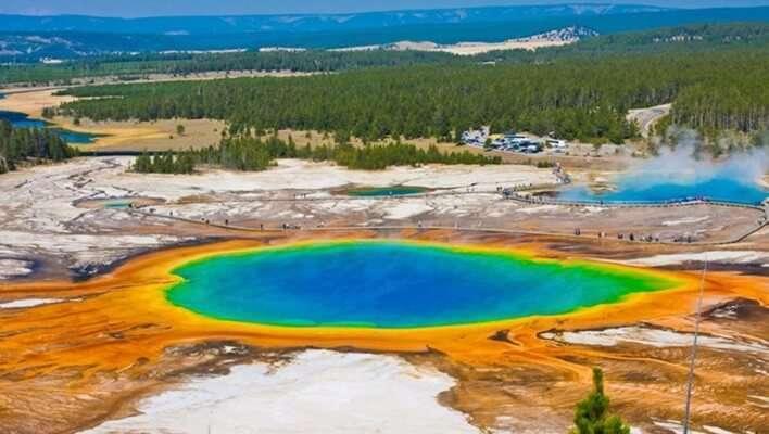 อุทยานแห่งชาติเยลโลว์สโตน (Yellowstone National Park)