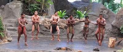 อุทยาน Tjapukai Aboriginal Cultural Park