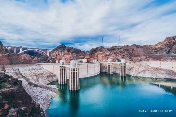 เขื่อนฮูเวอร์หรือโบลเดอร์ แดม (Boulder Dam)