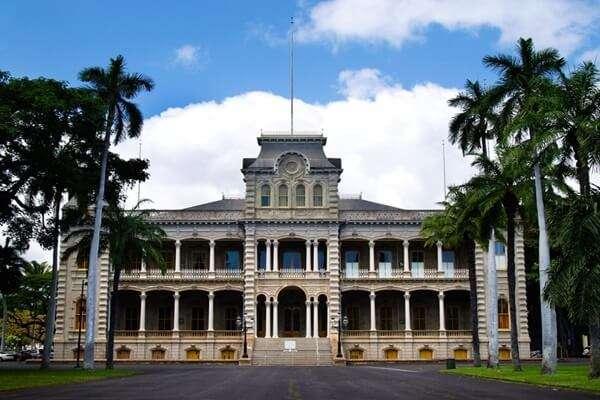 เที่ยวพระราชวังอิโอลานี(Iolani Palace, Honolulu)