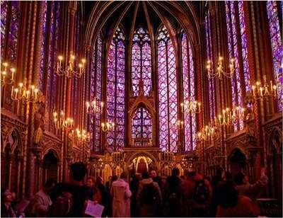 โบสถ์แซงต์ชาแปลล์ (Sainte Chapelle)