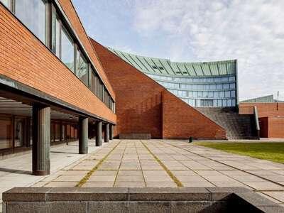 Aalto University ประเทศ Finland
