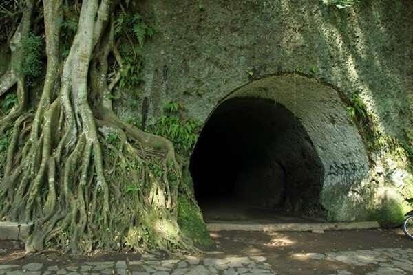 Goa Jepang Cave