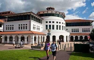 Massey University ประเทศ New Zealand
