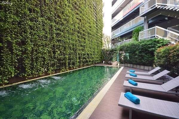 พักที่X2 Vibe Chiang Mai Decem Hotel (ครอสทู ไวบ์ เชียงใหม่ ดีเซม)