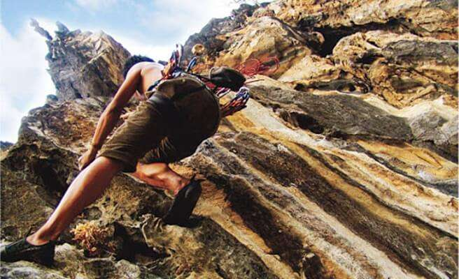 The Peak Adventure (กิจกรรมปีนหน้าผา)