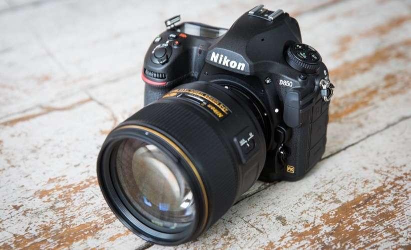 กล้อง DSLR ที่ดีที่สุดสำหรับผู้เริ่มต้นคืออะไร