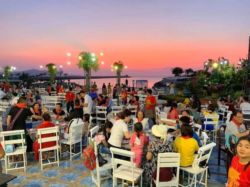 รีวิวร้านอาหารริมชายหาดพัทยา