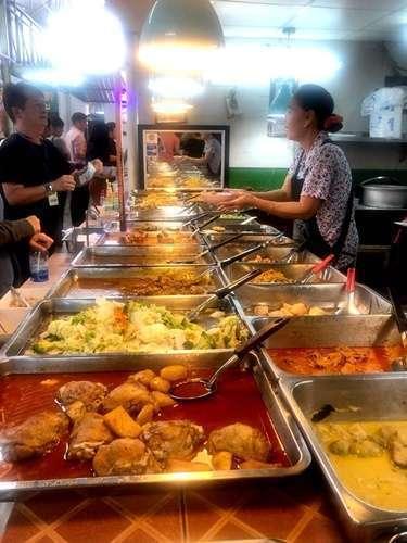ร้านอาหารไทยสำเร็จรูปทำจากอะไร