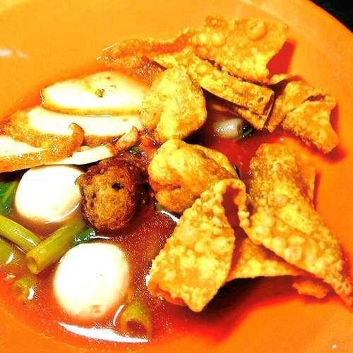 ร้านอาหารไทยเย็นตาโฟ