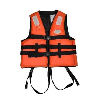 ปลอดภัยไว้ก่อนด้วย 10 แบรนด์เสื้อชูชีพคุณภาพ ที่คุณควรมี [wpsm_custom_meta type=date field=year] 8